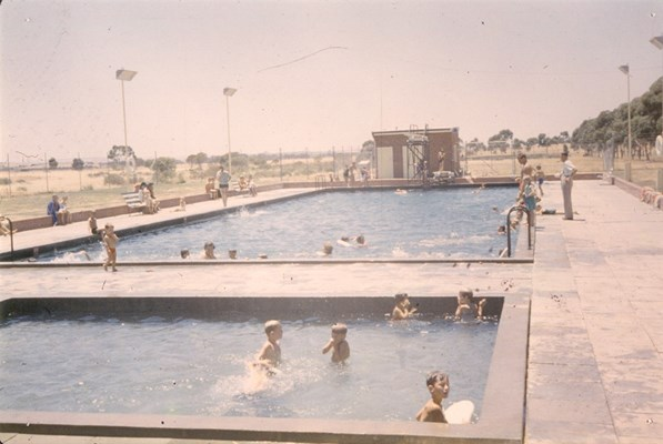 Historical Photos of Quairading - The Swimming Pool Memorial in 1958