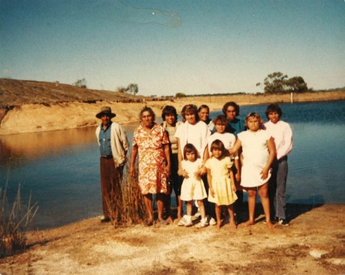 Historical Photos of Quairading - Visiting Topin Weir with the Family